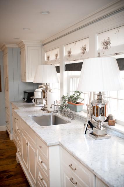 Bedford, NH Farmhouse Kitchen farmhouse-kitchen