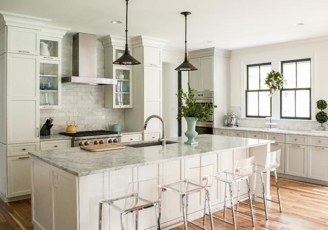 Bedwyn kitchen for Cuisine classique chic
