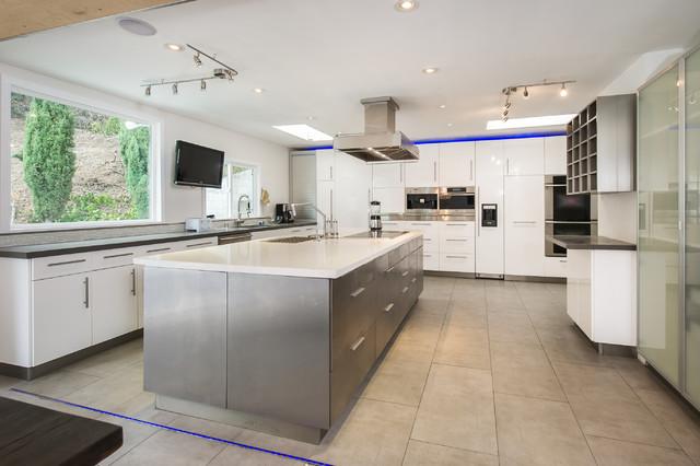 Bel Air Modern Kitchen Los Angeles