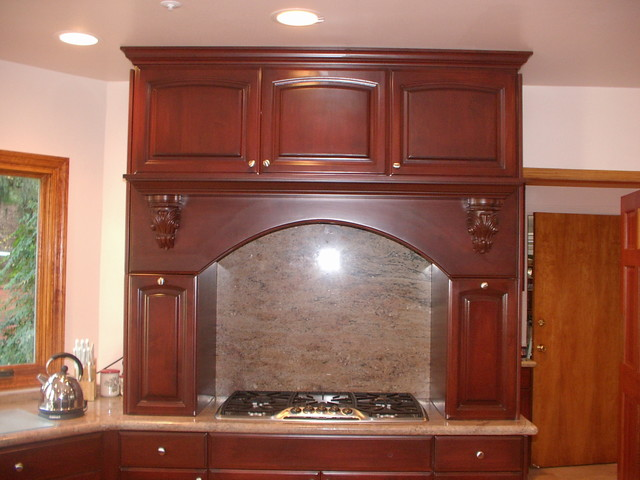Bel Aire traditional-kitchen