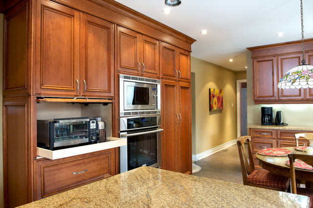 Belaire Custom Cabinetry traditional-kitchen