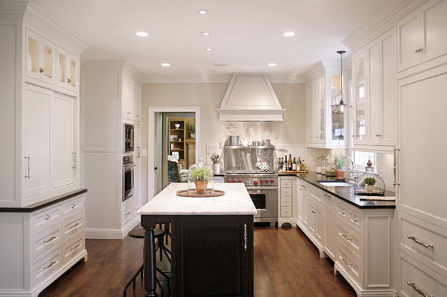 Bell Kitchen and Bath Studios traditional-kitchen