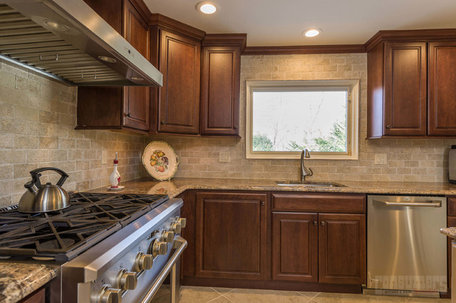 Bella a Bayville - Kitchen - New York - by Consumers ...