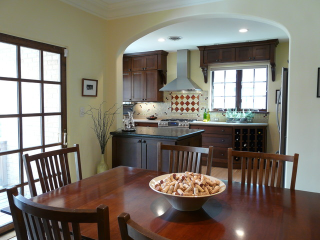Bellaire St. traditional-kitchen