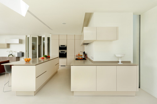 Bellamy - a sleek and contemporary open plan kitchen and dining space