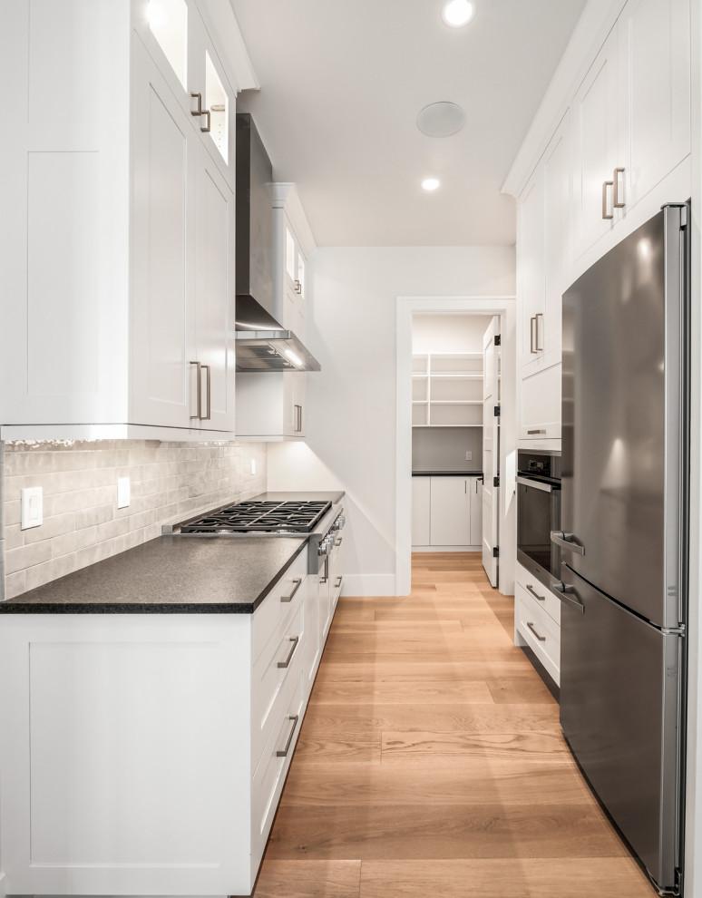 Bellevue Modern Mediterranean Contemporary Kitchen Seattle By Lochwood Lozier Custom Homes