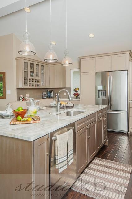 Bellevue Somerset Remodel Transitional Kitchen