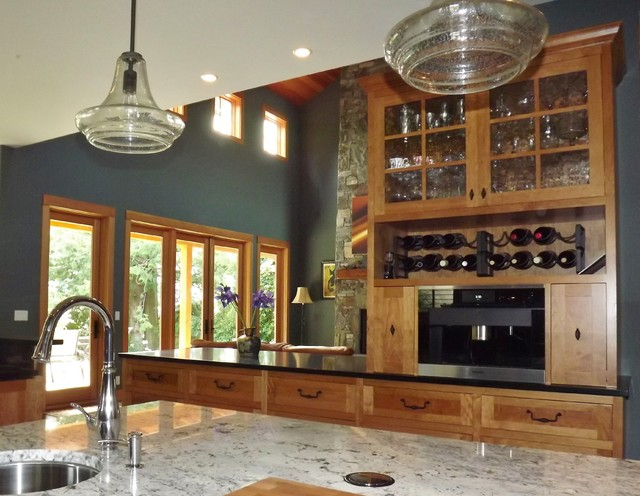 Bellingham wa residence traditional kitchen seattle for Kitchen cabinets seattle
