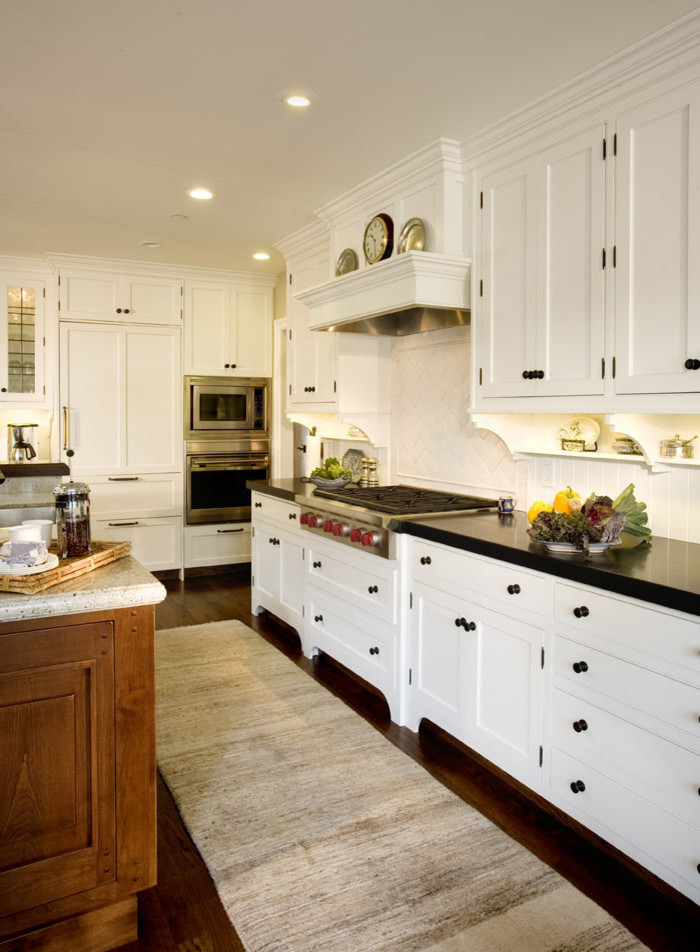 Elegant kitchen photo in San Francisco