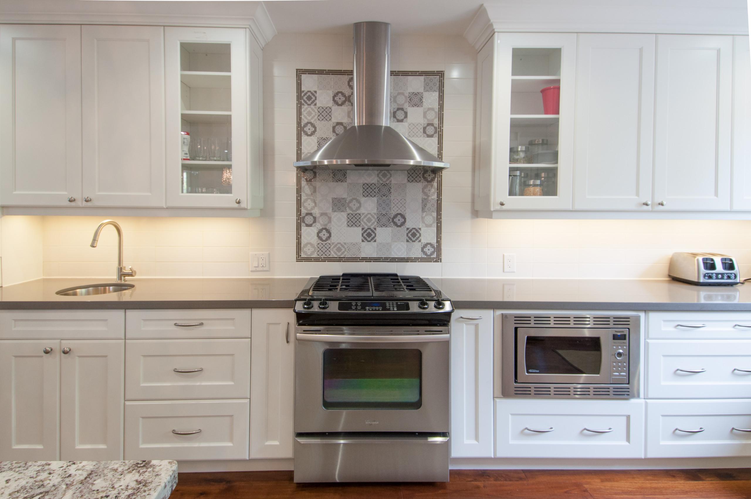 Belvenia Transitional Kitchen