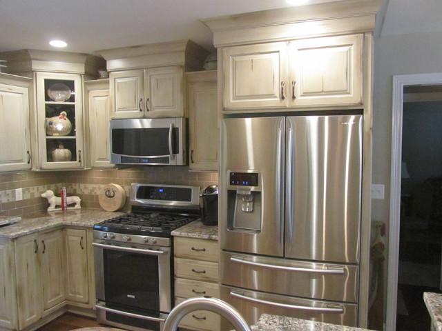 Captivating Benchmark Homes Malin Job Maple Old World Custard Kitchen