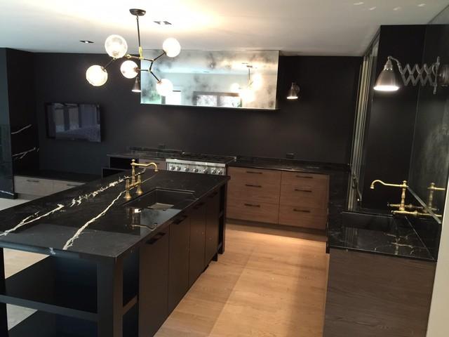 Bennington Heights Drive 1 Toronto Modern Kitchen Toronto By Kabinet