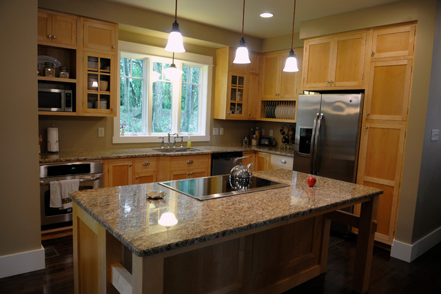 Benton certified green home traditional kitchen for Certified kitchen cabinets