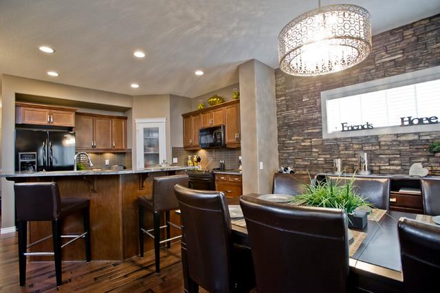 Benz B Traditional Kitchen Edmonton By Daytona Homes