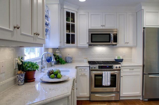 Berkeley heights nj kitchen traditional kitchen new for Kitchen cabinets berkeley