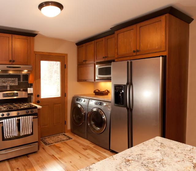 Berquist traditional kitchen minneapolis by for Traditional kitchen meaning