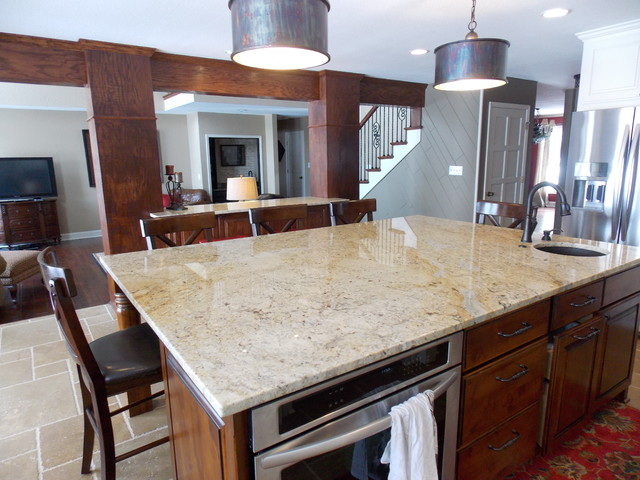 Berry hill kitchen remodel traditional kitchen kansas city by kansas city custom for Kitchen cabinets kansas city