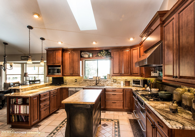 Berry Waypoint Zelmar Kitchen Remodel Traditional Kitchen Orlando By Zelmar Kitchen