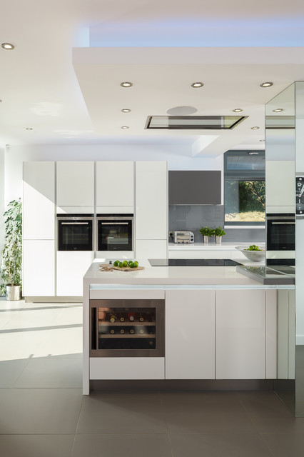 Bespoke kitchen design old heathfield contemporary kitchen sussex by jones britain kitchens Bespoke contemporary kitchen design