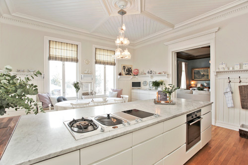 Live customer kitchen with modular cooktop - Courtesy of Houzz