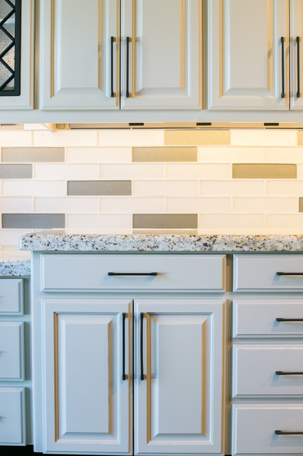 Inspiration for a transitional kitchen remodel in Portland