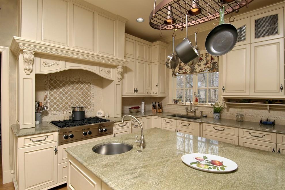 Bethesda, Maryland - Traditional - Kitchen - Traditional ...
