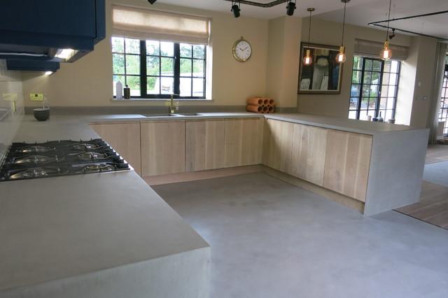 Beton Cire Flooring, Work-Surfaces And Bathroom/Wetroom