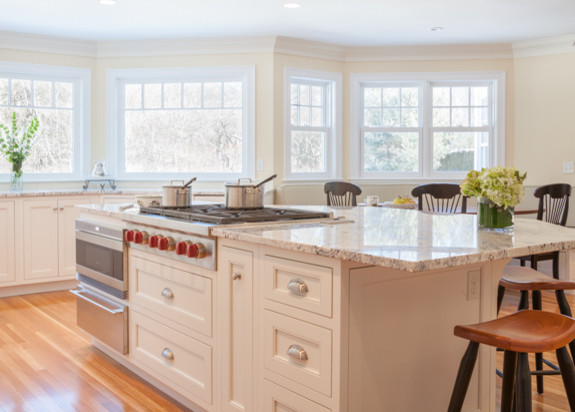 Beverly - Kitchen and Powder Room traditional-kitchen