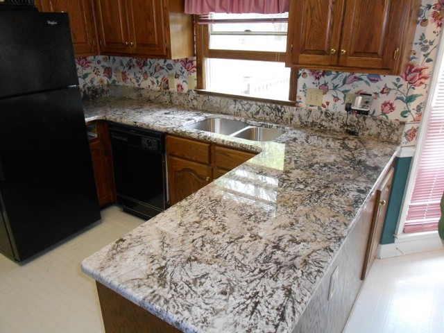 Bianco Antico Granite Countertop Color Examples Traditional Kitchen