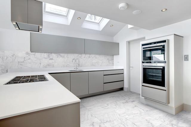 Bianco Venatino Marble Tile Moderno Cucina