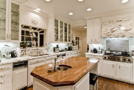 Big Marble Kitchen