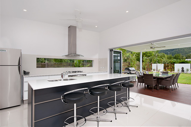 Billingai Contemporary Kitchen Cairns By Tropical Trend Homes