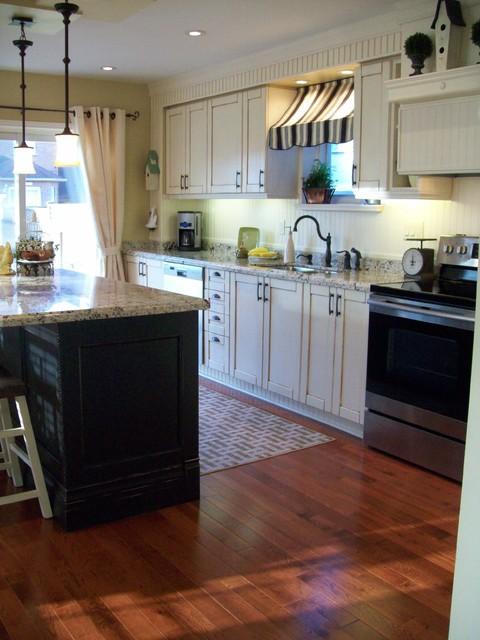 Bistro Style Kitchen traditional-kitchen