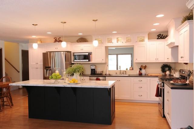 Black & White Beauty traditional-kitchen