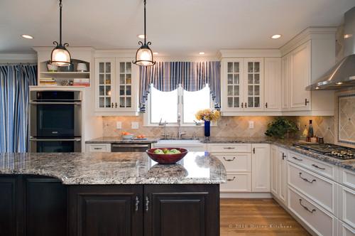 Traditional Kitchen by Wellesley Kitchen & Bath Designers Divine Design+Build