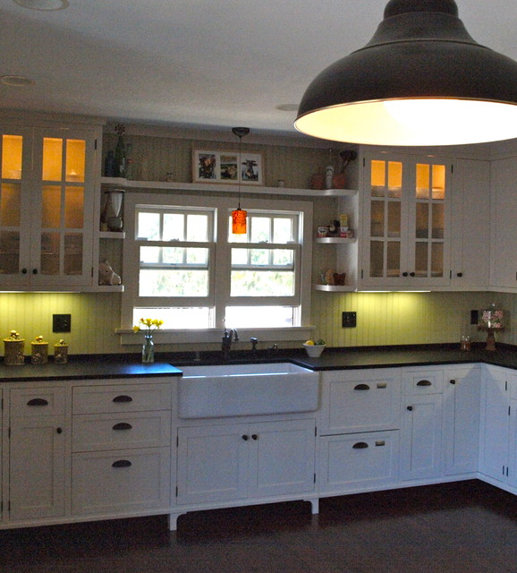 Black and White Eclectic Kitchen traditional-kitchen
