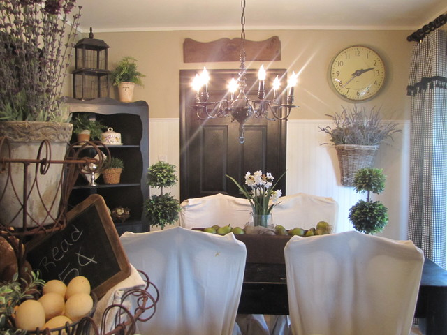 Black and White Kitchen Diningroom traditional-kitchen
