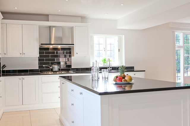 Black White Shaker Kitchen Traditional Kitchen Berkshire By Maple Gray