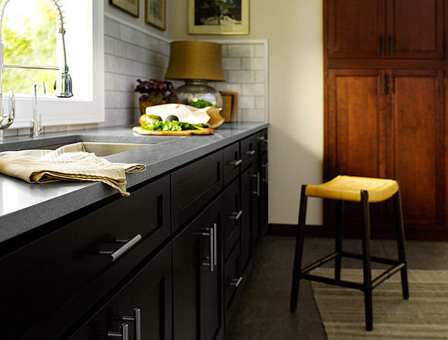 Black kitchen cabinets dayton door style cliqstudios for Gray kitchen cabinets with black counter