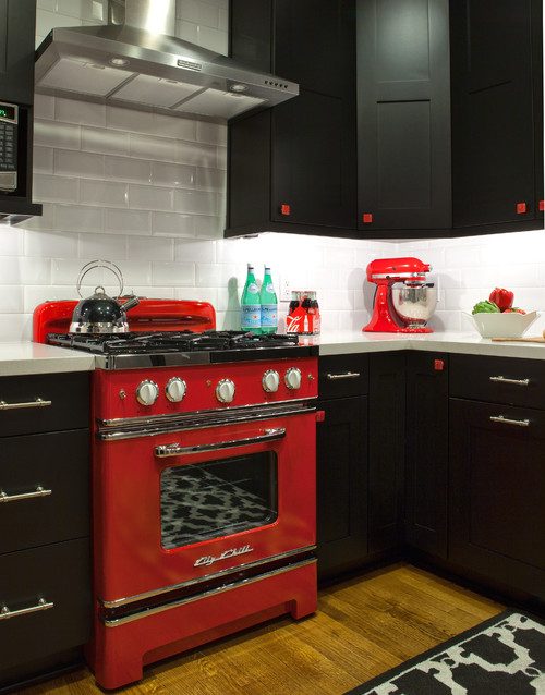 Fun Retro Kitchens have colorful appliances that make your kitchen unforgettable.
