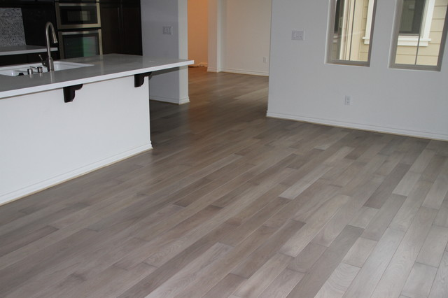 Bleached walnut flooring for Wooden flooring dealers