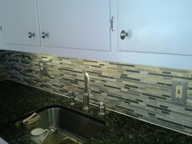 Bliss Glass Kitchen Backsplash