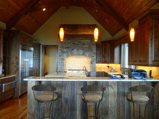 Blowing Rock // Rustic Kitchen - Rustic - Kitchen - charlotte - by High Country Cabinets of ...