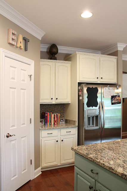 blue and white painted kitchen cabinets traditional kitchen nashville by bella tucker. Black Bedroom Furniture Sets. Home Design Ideas