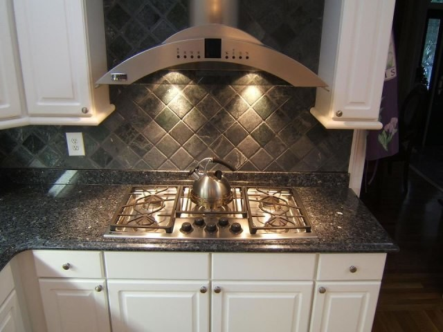 BLUE PEARL COUNTERTOPS  Traditional  Kitchen  atlanta  by E & D