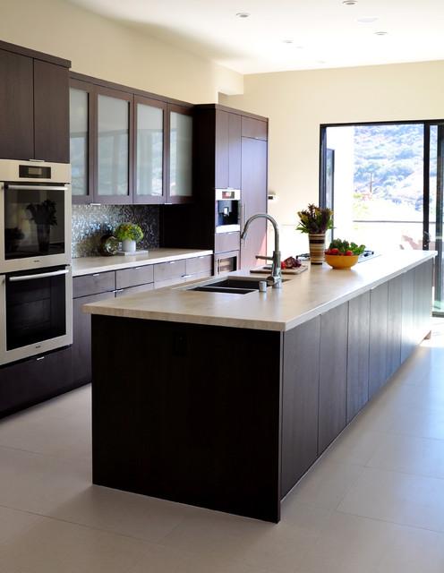 Bluebird canyon contemporary kitchen los angeles for Contemporary kitchen cabinets los angeles