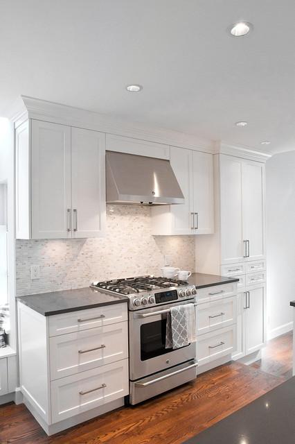 Kitchen  Transitional  Kitchen  vancouver  by Reynolds Cabinet