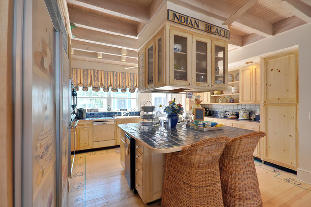 Boardwalk Builders traditional kitchen
