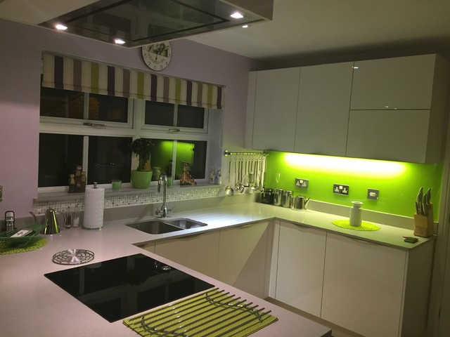 Bold choices in a village setting contemporary kitchen for Kitchen design yeovil