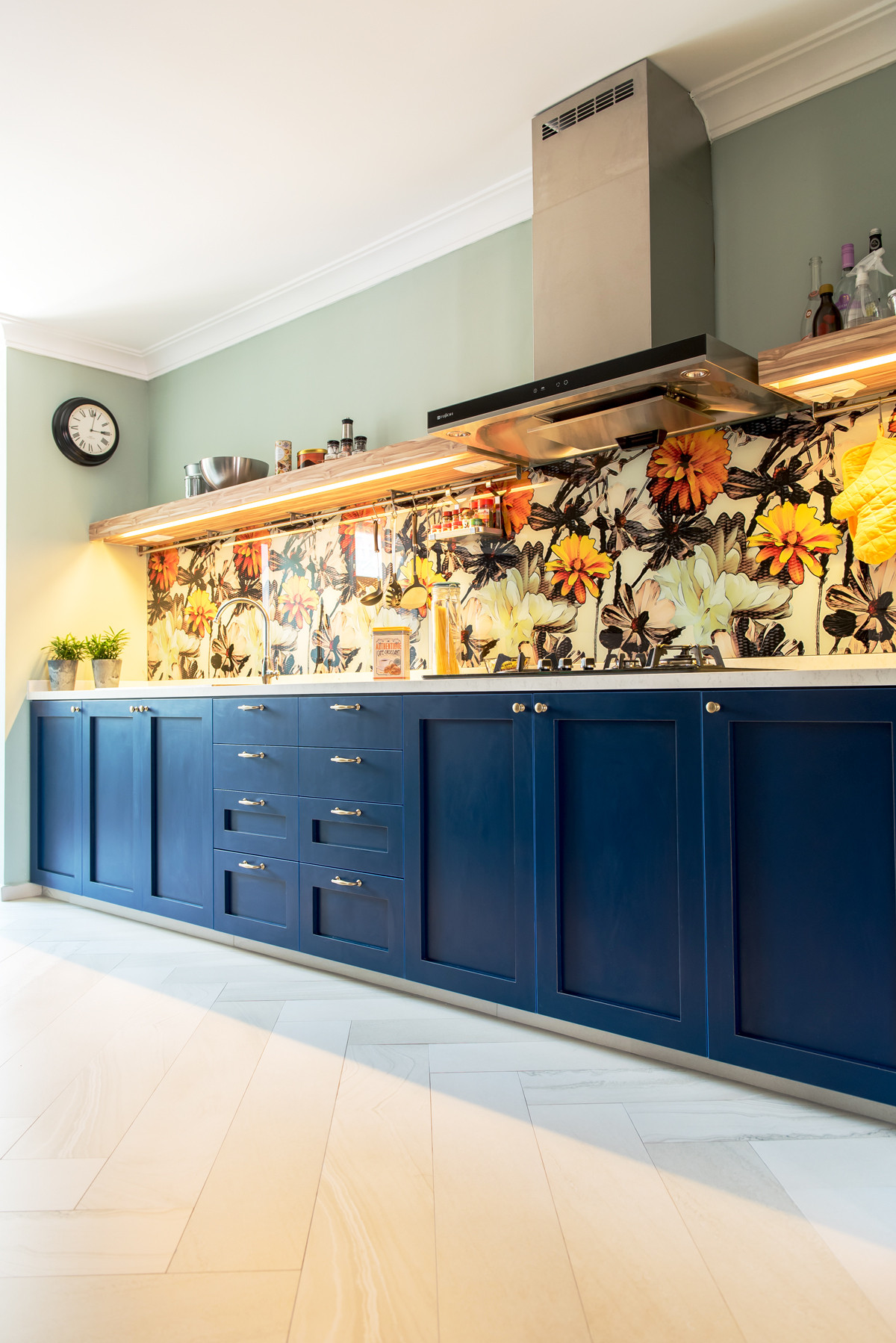 75 Beautiful Kitchen With Blue Cabinets And Yellow Backsplash Pictures Ideas May 2021 Houzz
